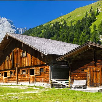 The ADLER mountain hut effect is based on the look of ancient alpine huts.